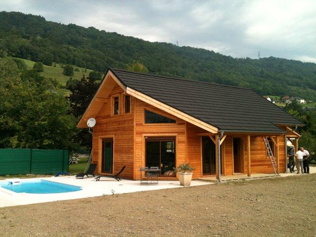Belle maison contemporaine au pieds des Alpes!